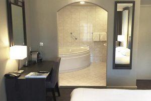Fletcher Hotelkamer met 2 persoons jacuzzi in Renesse