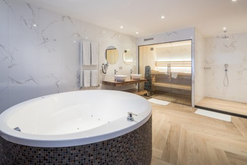 Hotel met jacuzzi en sauna - Van der Valk Hotel Wieringermeer