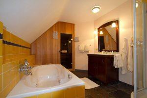 hotel met jacuzzi op kamer Arcen