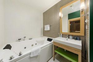 Centerparcs met jacuzzi en sauna in Frankrijk