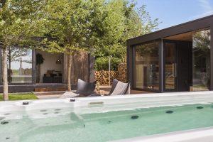 Huisje met sauna en jacuzzi in Brabant