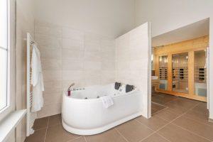 Centerparcs met twee persoons jacuzzi en sauna in Hochsauerland Duitsland