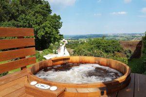 Huisje met hot tub voor twee personen in Frankrijk