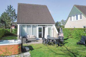 7 persoons huisje met Jacuzzi in Groningen