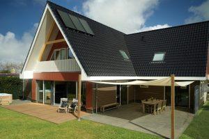Groot vakantiehuis met Jacuzzi op Texel