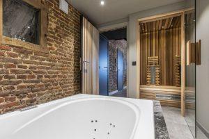 Huisje met jacuzzi, sauna en zwembad in de Ardennen