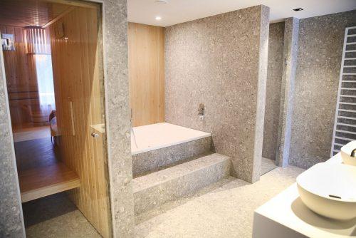 Residence wellness Suite met jacuzzi en sauna in Van der Valk hotel