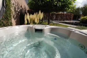Huisje met Jacuzzi en Zwemvijver voor 2 personen in Teteringen