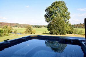 Natuurhuisje in de Belgische Ardennen met Jacuzzi voor 8 personen