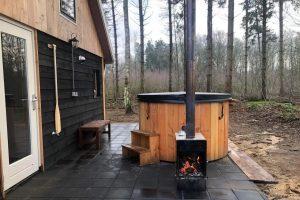 Natuurhuisje met Hottub voor twee personen in de bossen van Overijssel