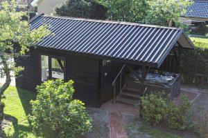 Vakantiehuis met buiten Jacuzzi in Kamperveen