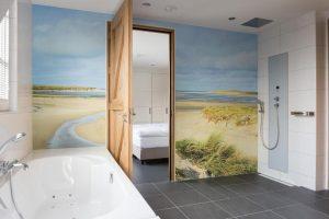 Hotelkamer met jacuzzi en sauna op kamer Texel