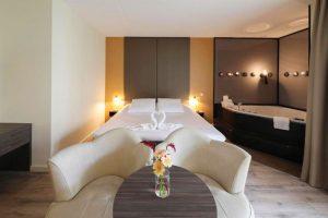 Hotel met jacuzzi op kamer bij Golden Tulip Ampt van Nijkerk