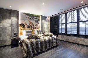 Safari suite met tweepersoons jacuzzi en sauna op kamer in Vianen